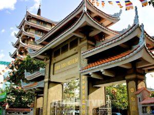 Храмы Хошимина (Сайгона) : Vinh Nghiem Pagoda