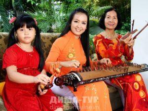 Музыкальные инструменты Вьетнама. Шестнадцатиструнная цитра чань (tranh)