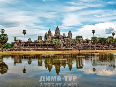 Храмовый комплекс Ангкор Ват в Камбодже