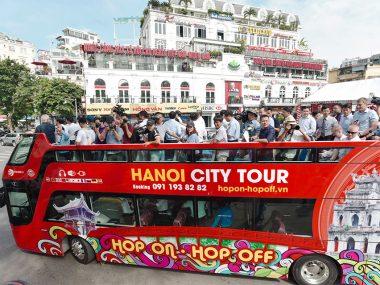 Двухэтажные экскурсионные автобусы в Ханое