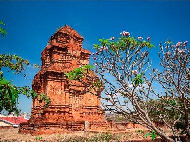 Все экскурсии из Муйне (Вьетнам): Чамские башни