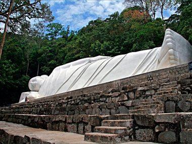 Все экскурсии из Муйне Вьетнам: Лежачий будда (спящий будда)