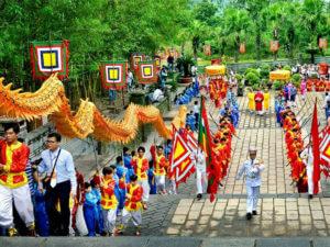 Фестивали и праздники во Вьетнаме: День поминовения королей Хунгов