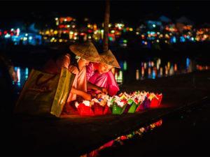 Фестивали и праздники во Вьетнаме: Праздник полной луны в Хойане