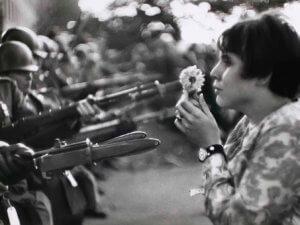 Как хиппи связаны с Вьетнамом