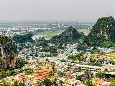 Мраморные горы в Дананге