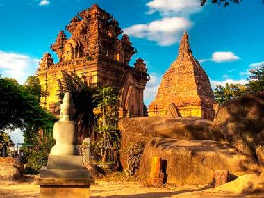 Чамские башни в Нячанге
