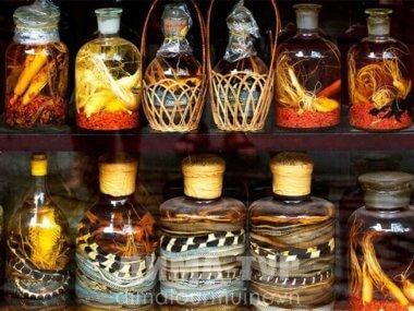 Настойки на змеях, гекконах. Вьетнам