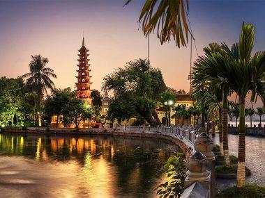 Пагода Чанкуок в Ханое
