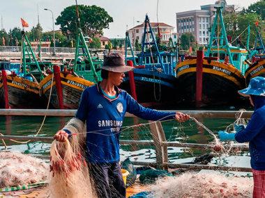 Рыбак в городе Фантьет