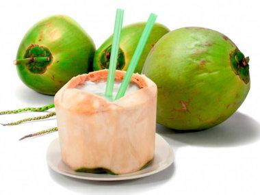 Тропические фрукты Вьетнама. Кокос
