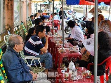 Вьетнамские уличные кафе